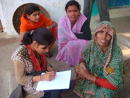 prachi with women in her community